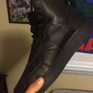 All black af1 kinda creased